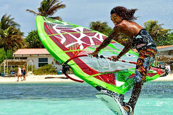 sorobon-surfin-surfout