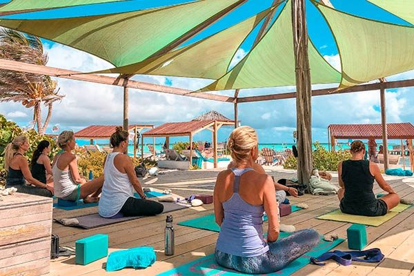 yoga-sorobon-beachd-deck-1